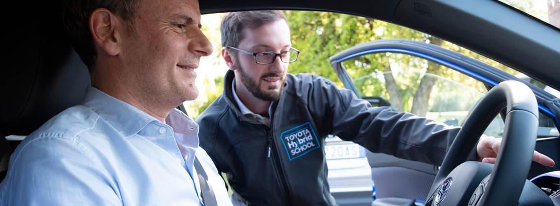 hybrid-academy-scuola-impara-guida-auto-ibrida