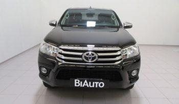 Toyota Hilux 2.4 D-4D 4WD 4 porte Double Cab Lounge Fuoristrada pieno